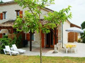 Country holiday home in Monflanquin